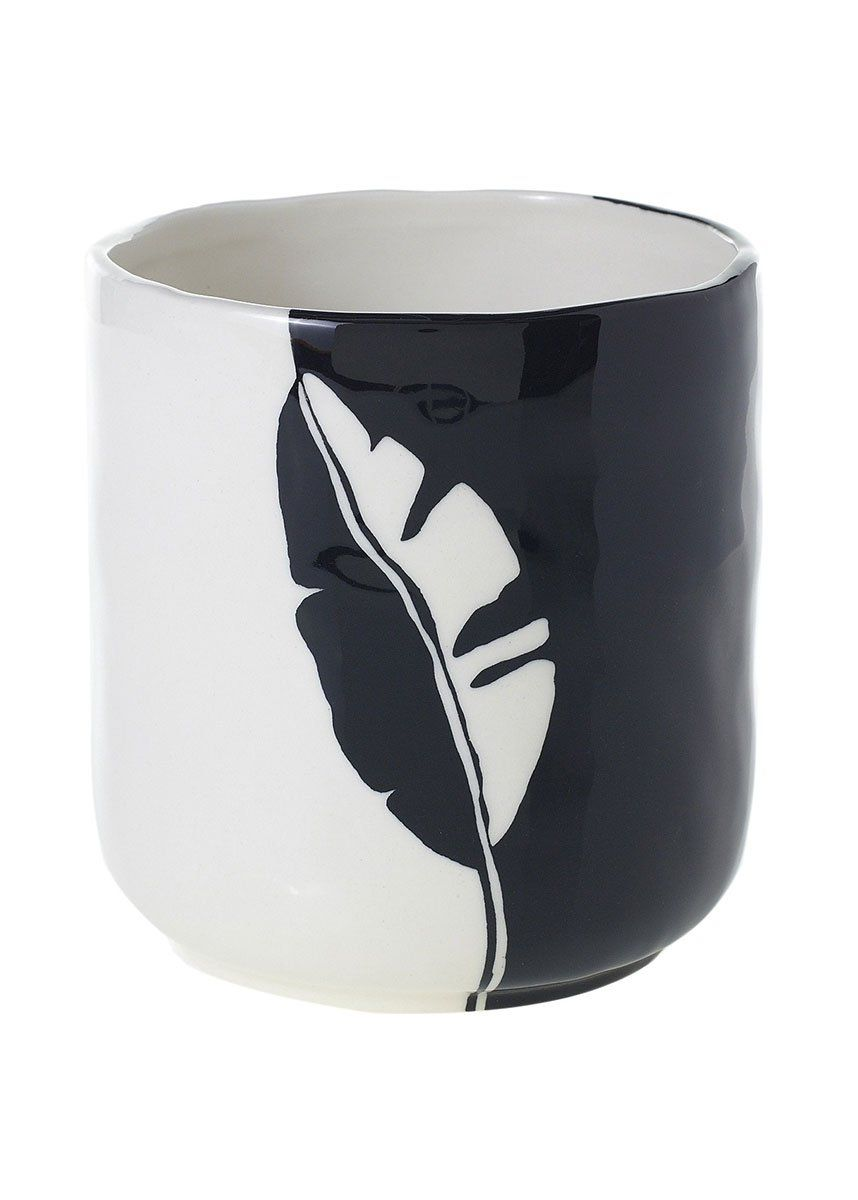 Black And White Ceramic Pot With Leaf Pattern In 2020 Ceramic Flower Pots Flower Pot Art Ceramic Planter Pots