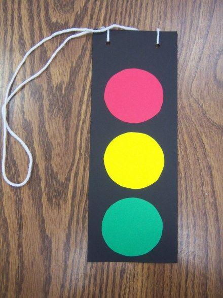 transportation storytime with stoplight craft
