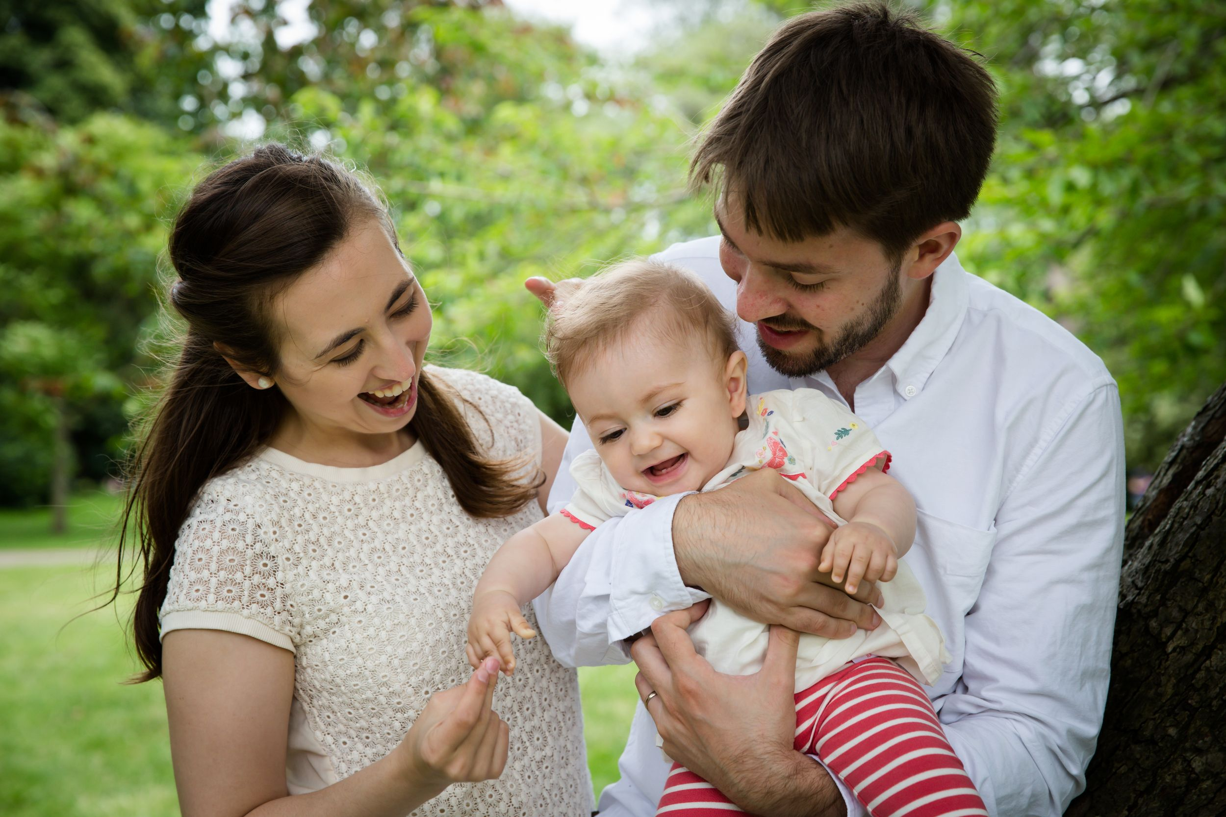 london-outdoors-family-photographer-candid
