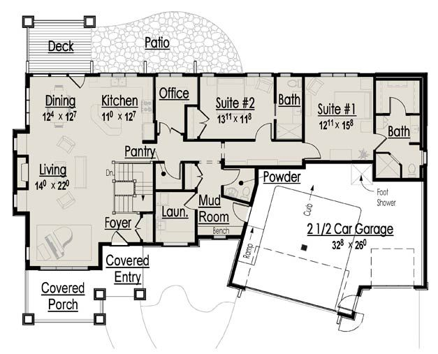 Need To Two Sinks Tub And Larger Closet In Master Bath But Good Floor Plan Otherwise Craftsman House Plans House Floor Plans Craftsman House