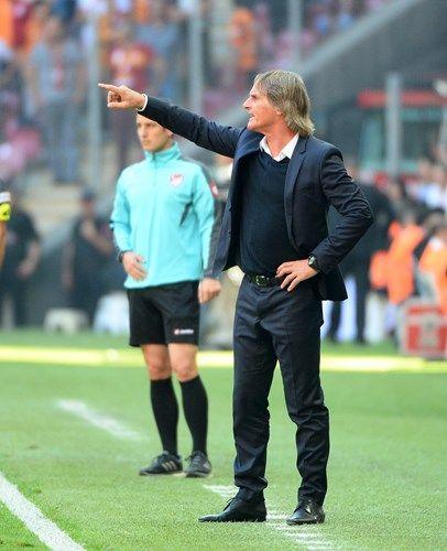 Spor Toto Süper Lig'in 6. haftasında Galatasaray, Antalyaspor'u sahasında 3-1 yendi.