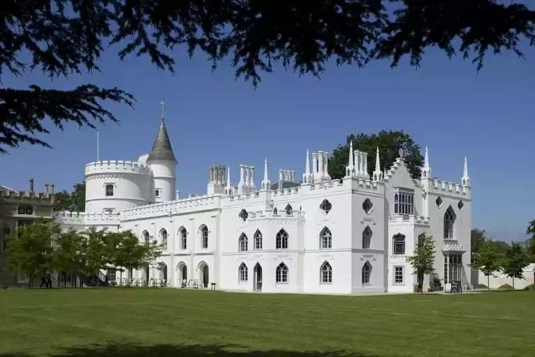 Pin By Bjsin On Castles Cities Gothic Revival Architecture Strawberry Hill House London Architecture