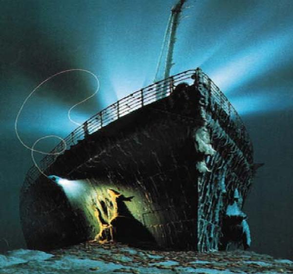 Photo Du Titanic: TITANIC Sous L'eau