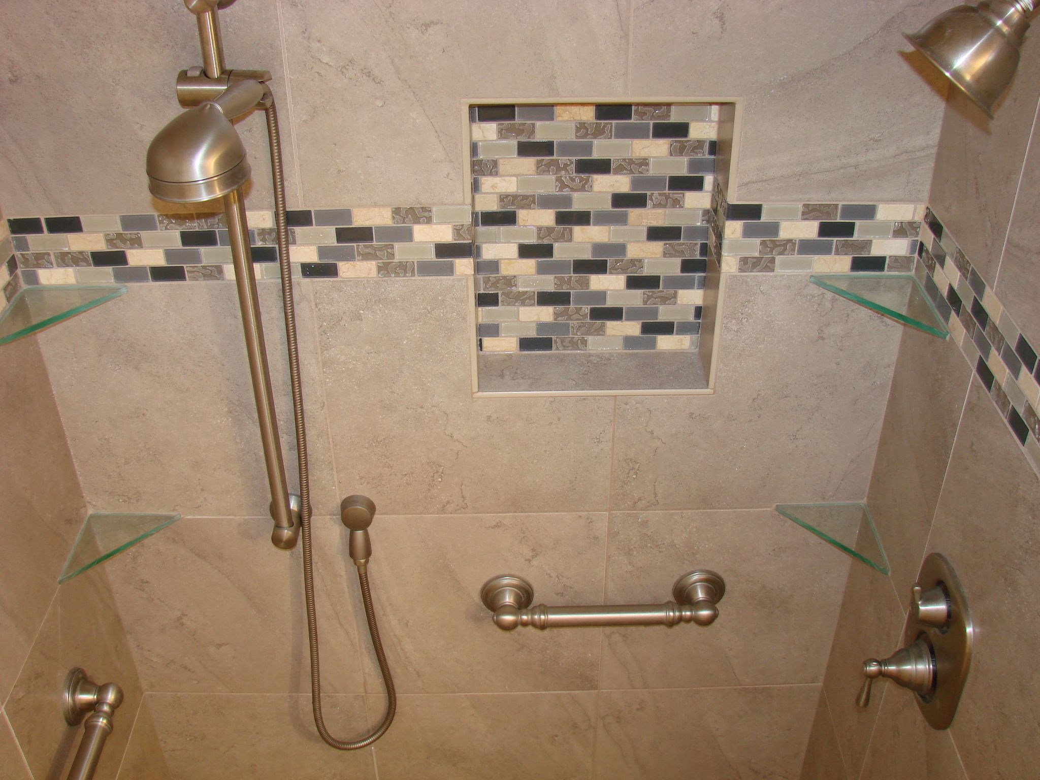 corner tile showers for small bathrooms