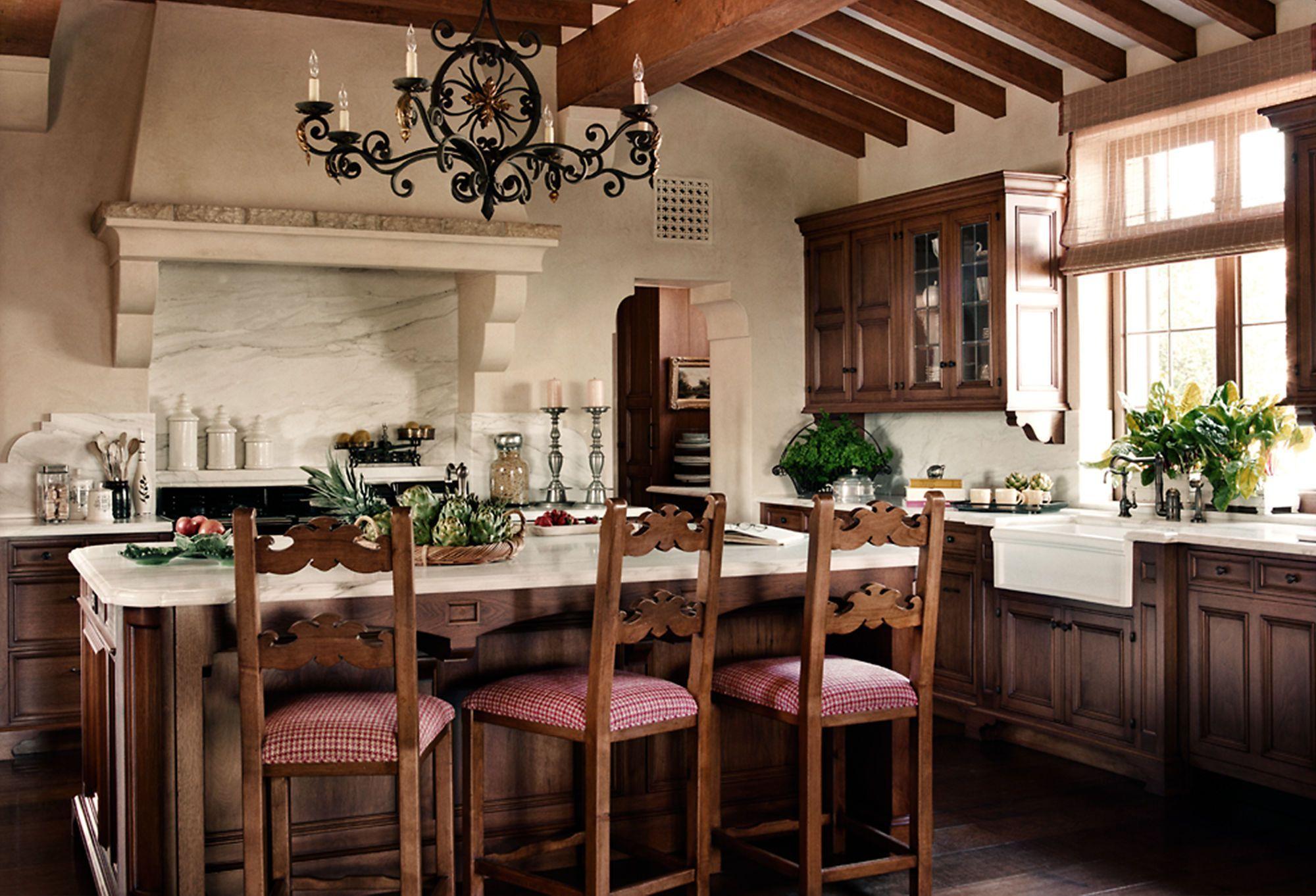 Places to Gather: A Hacienda Kitchen   Country kitchen ...
