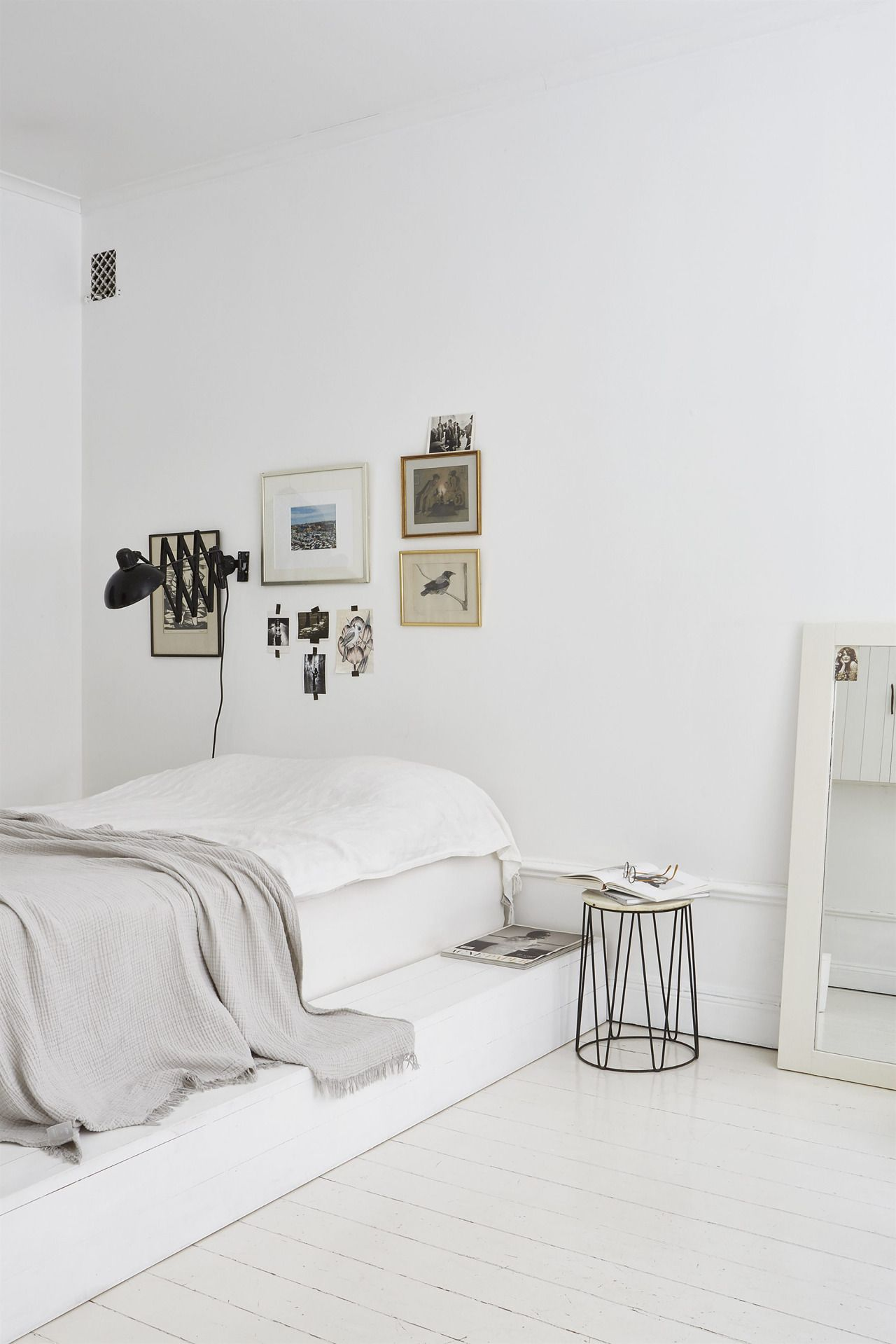 Decorating Your Apartment Minimalist white minimalistic studio apartment. looking for unique and
