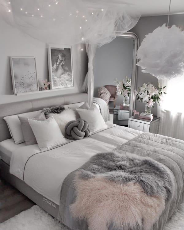 リビング ベッドルーム を冬ムードに 海外インテリアのおしゃれな空間づくり Folk Stylish Bedroom Small Bedroom Room Inspiration Bedroom