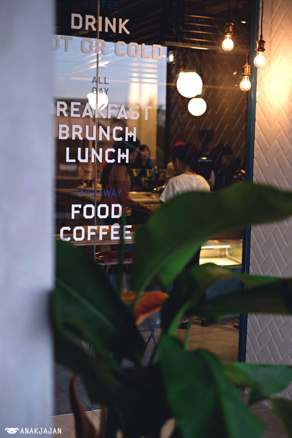 CALIBRATE COFFEE Puri, Jakarta