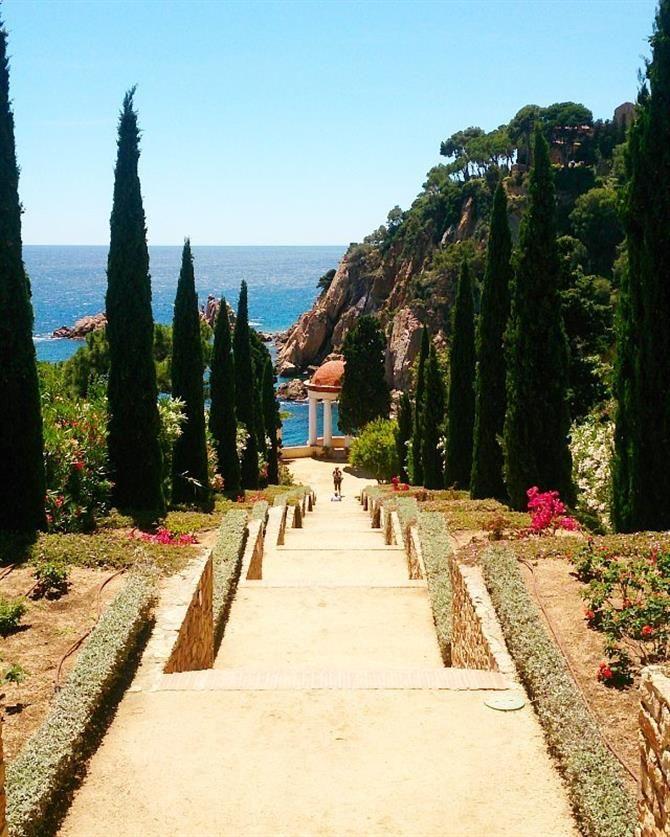 86d8b128bd43fd Jardin botanique Marimurtra à Blanes, Costa Brava - Catalogne (Espagne)