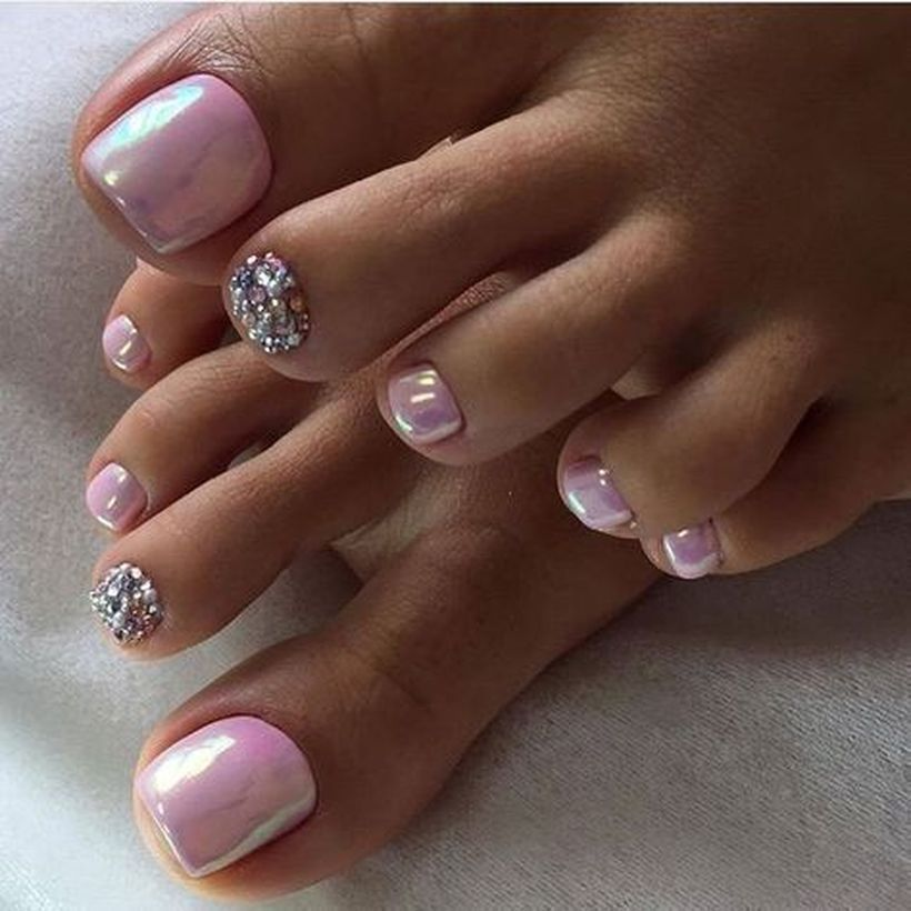 18 Wedding Nails and Nail Art Designs Perfect for the Big Day