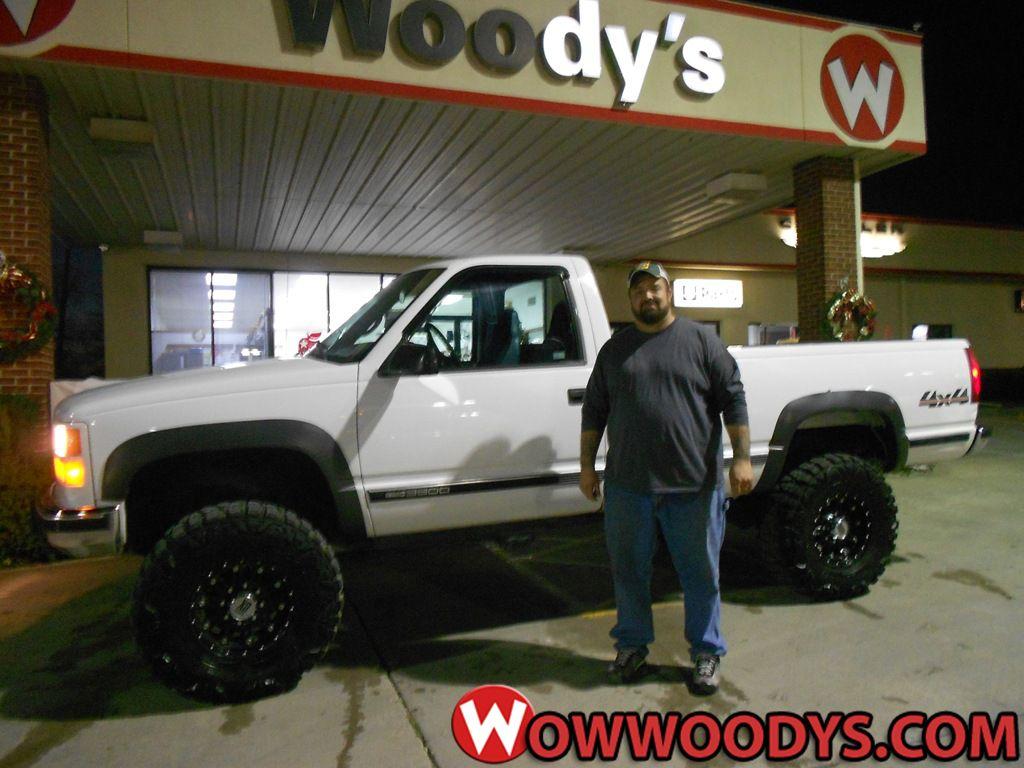 K Scott Leakey from Braymer, Missouri purchased this 2000