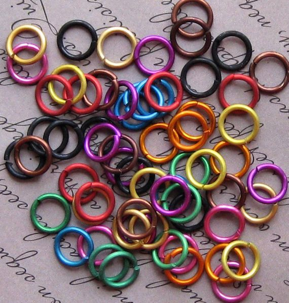 100 Jump Rings 8mm Mixed Color Anodized Aluminum 16 Gauge