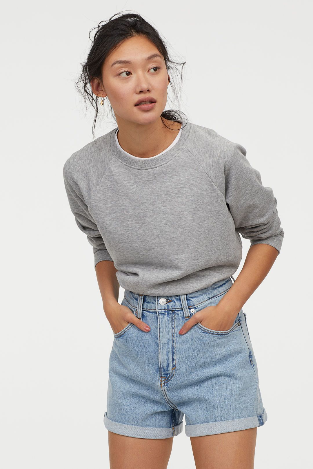 d2af69e48 Mom Shorts High Waist - Denim blue - Ladies   H&M US 1