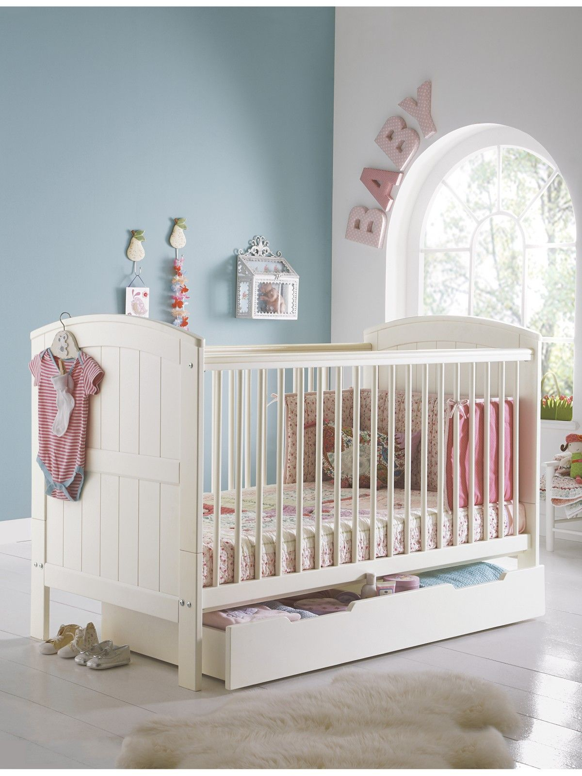 Mamas Papas Hayworth Cot Bed Package Cot Bedding Bed E Room