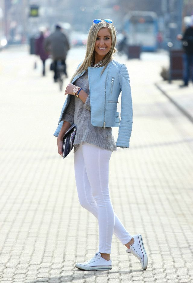 30f952206536 A light blue quilted leather moto jacket and white leggings are your go-to  outfit