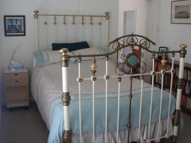 Antique Victorian Brass Double Bed Macmasters Beach Gosford Area image 1