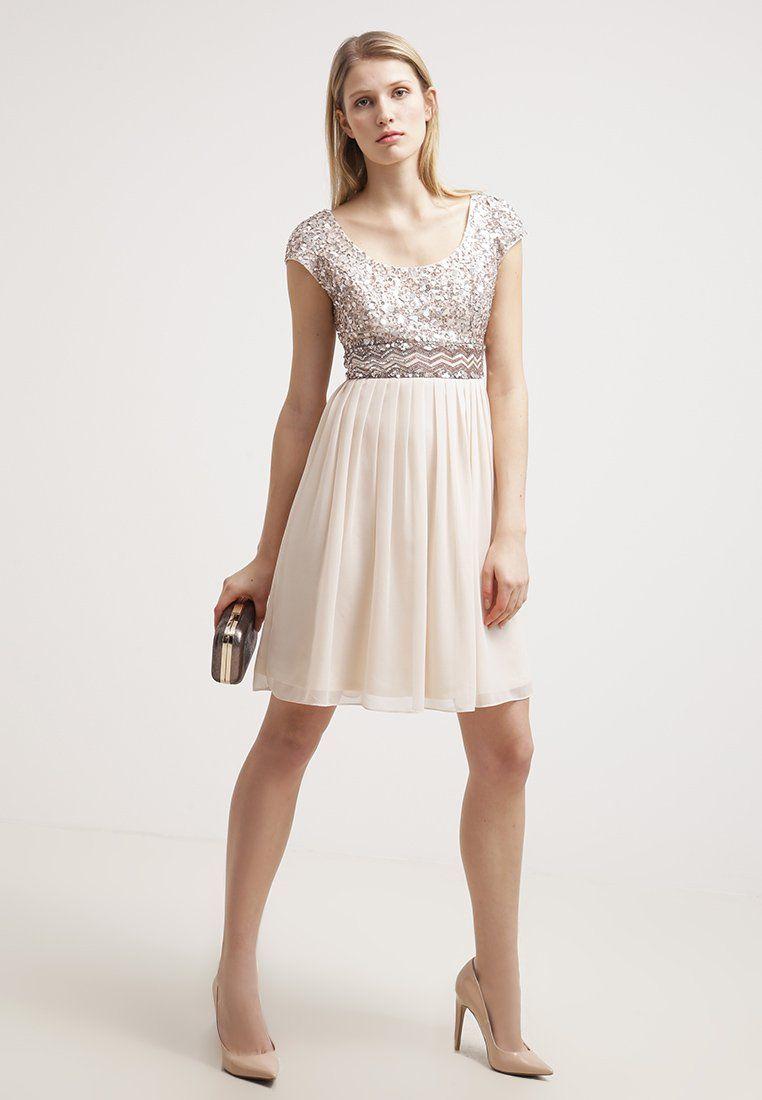 Steel de show in deze prachtige jurk van Young Couture by Barbara ...