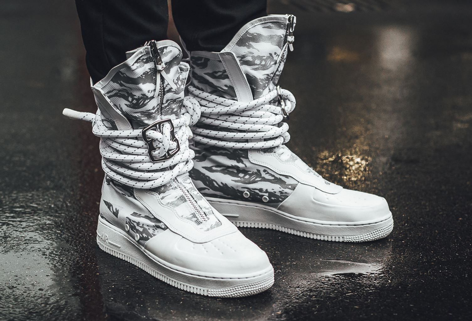 Get The Nike Special Field Air Force 1