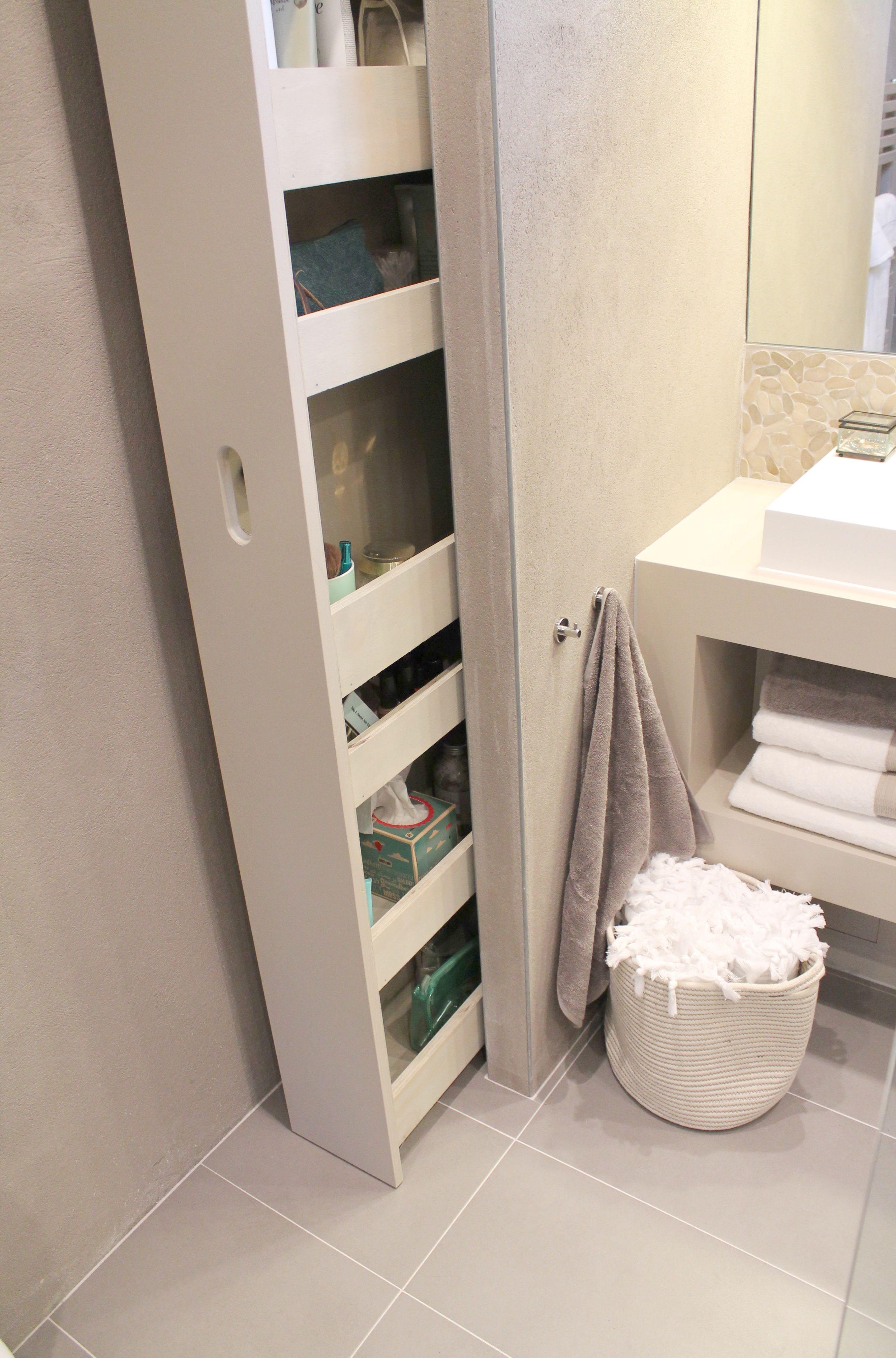 Unten Schrank Direkt Neben Dem Waschtisch Gleiches Holz Wie Waschtisch Badezimmer Regal Bad Einrichten Badezimmer Lagerung