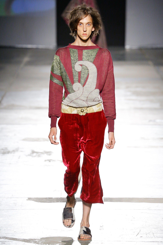 24784bafbc7 Vivienne Westwood Spring 2017 Menswear Collection Photos - Vogue
