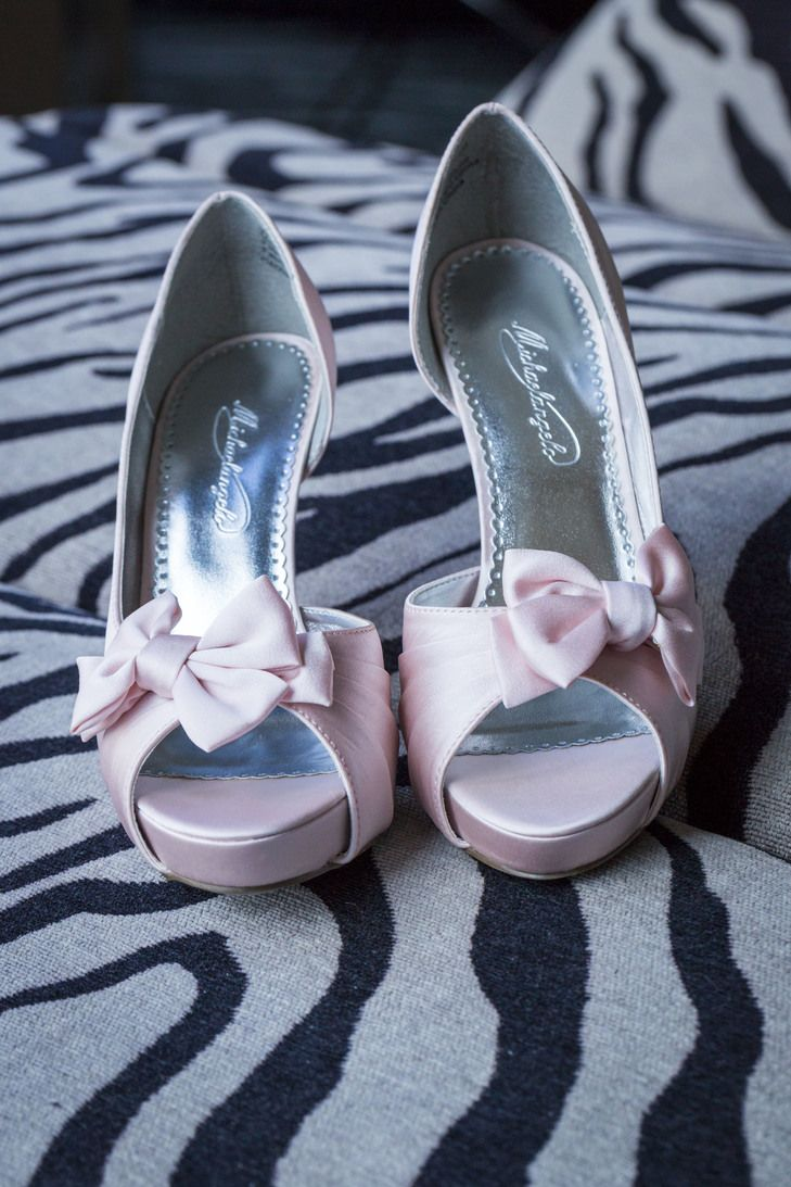 Light Pink Michael Angelo Bridal Pumps With Bows