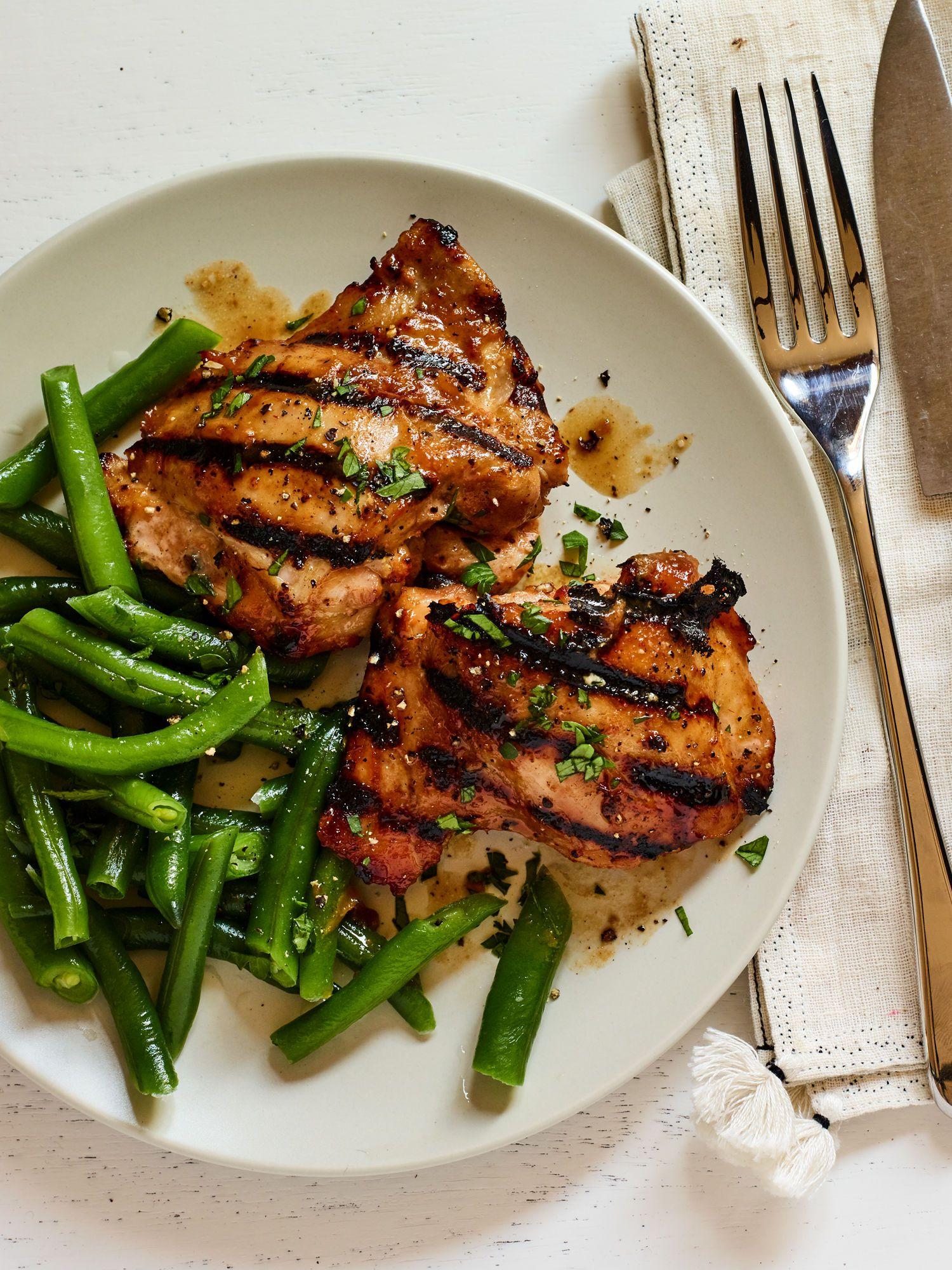 5 Ingredient Savory Boneless Chicken Thighs Pargiot Recipe Chicken And Beef Recipe Boneless Chicken Thighs Easy Chicken Recipes