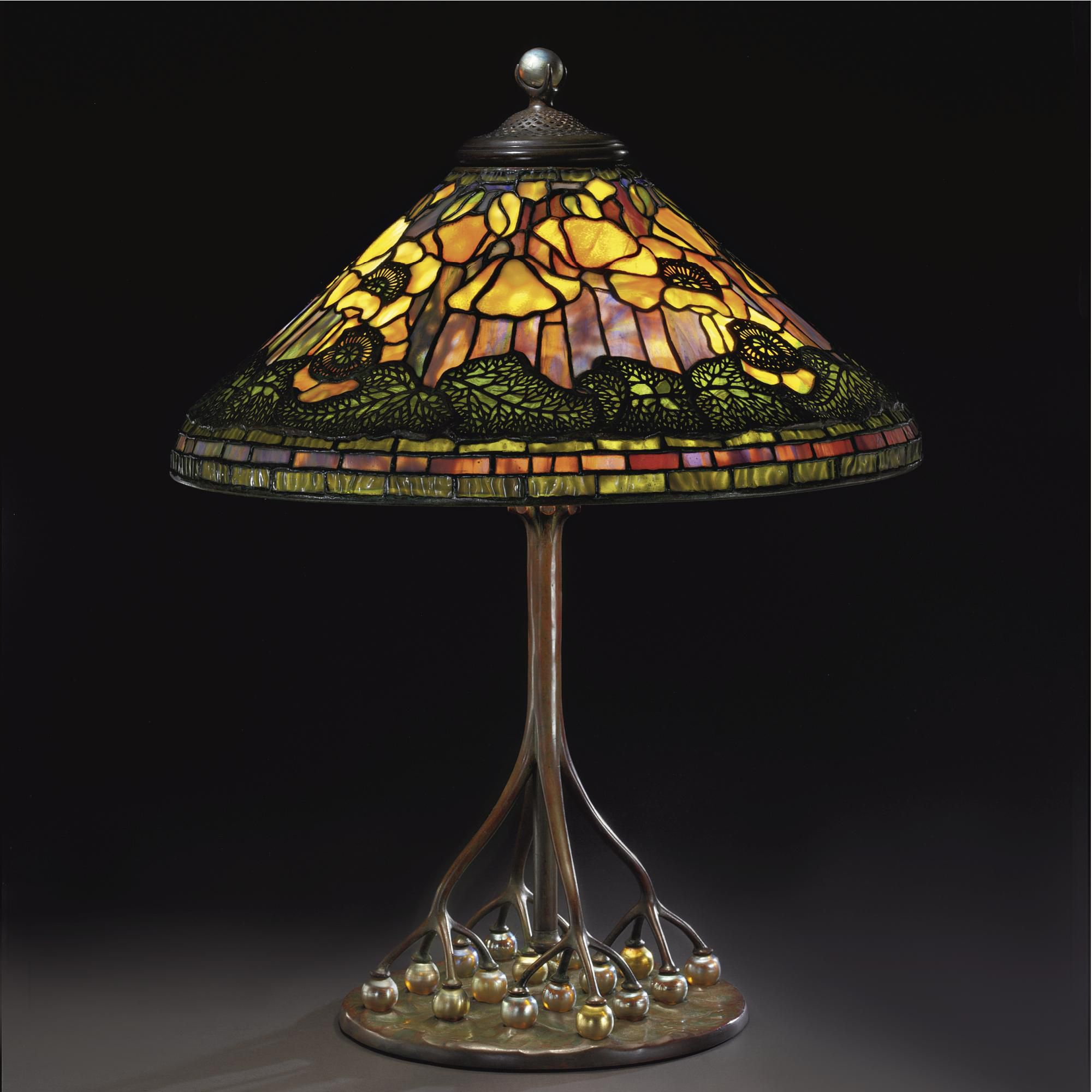 Lampara Poppy Tiffany Studios New York Favrile Leaded Glass And