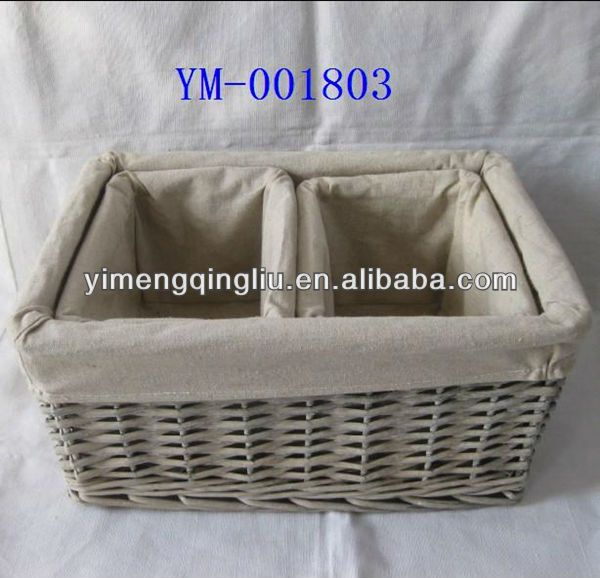 wicker baskets with fabric liner1.Material:wicker,fabric2.Color:grey3.wicker storage basket with liner4.100% handmade