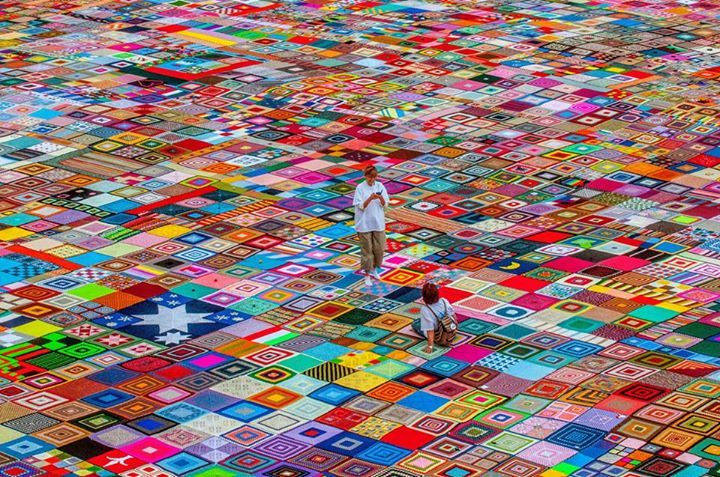 GUINNESS world's largest blanket is Italian