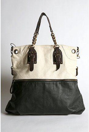 I would like this purse.