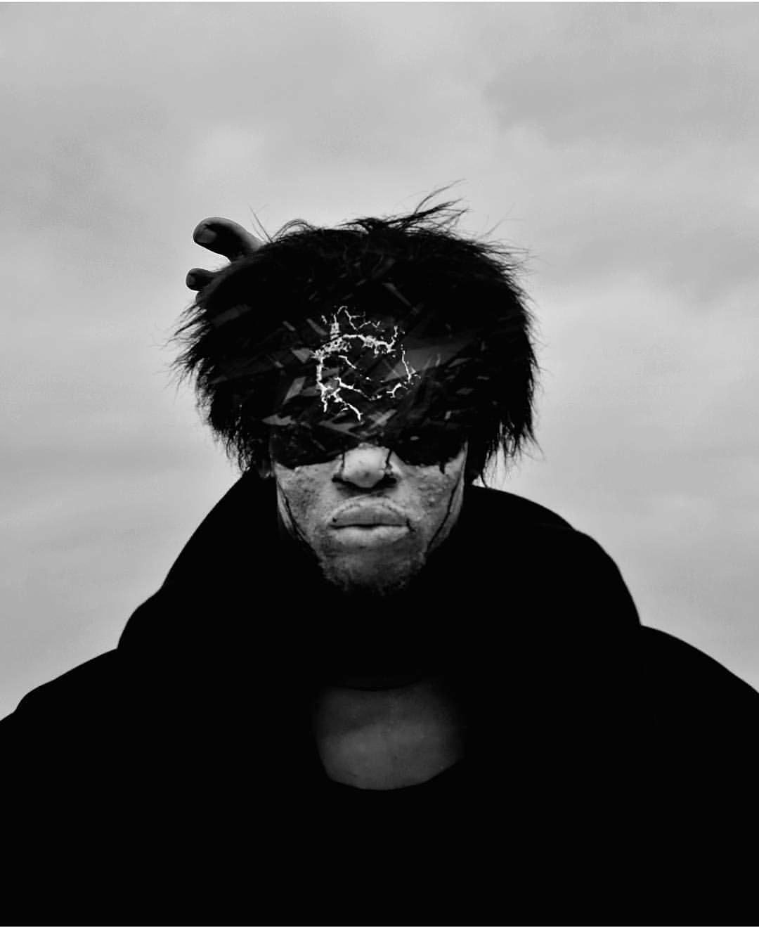 Dark Brave Intense...  @_187_photography  ______ #Osengwa | #AfricanArt | #AfricanFashion | #AfricanMusic | #AfricanStyle | #AfricanPhotography | #Afrocentric | #Melanin | #African | #Art | #AfricanInspired | #InspiredByAfrica | #BlackIsBeautiful | #ContemporaryArt | #OutOfAfrica
