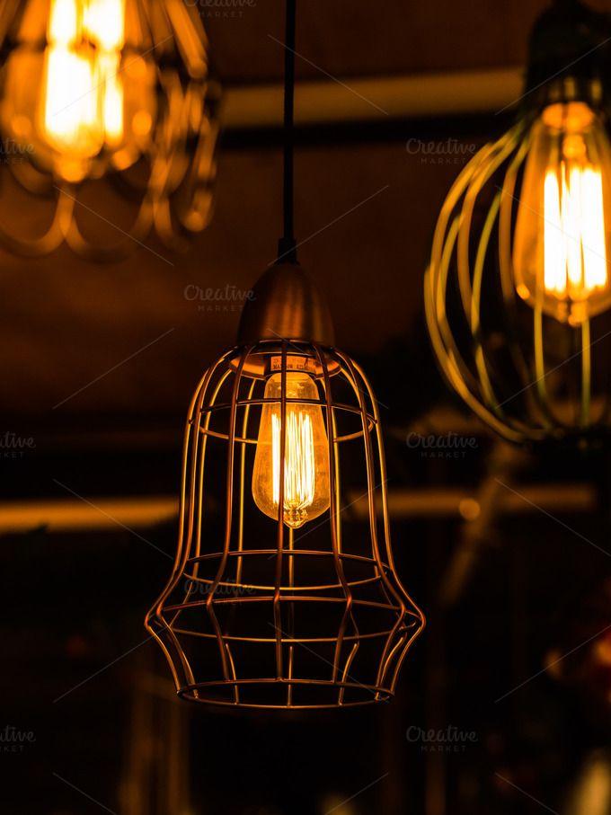 Retro Light Bulb By Pushish Images On Creativemarket Focos Tumblr Focos Y Tumblr