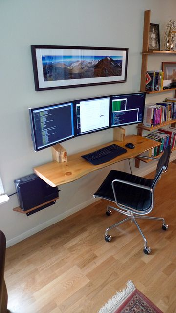 Hanging desk 3 monitor workspace 4 home diy computer - Small office setup ideas ...