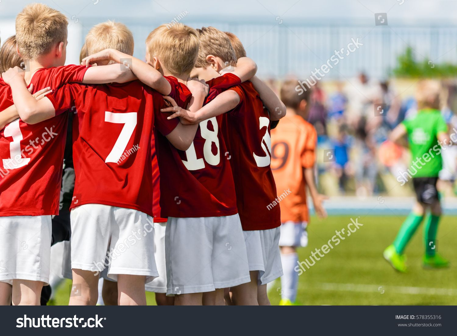 Boys Soccer Team Children Football Academy Kids Soccer Players In Red Shirts Standing Together On The Pitch Youth Soccer Kids Soccer Soccer Boys Soccer Team
