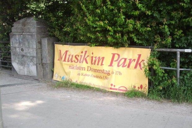 """Eimsbüttel trifft sich zu """"Musik im Park"""" Kostenlose"""
