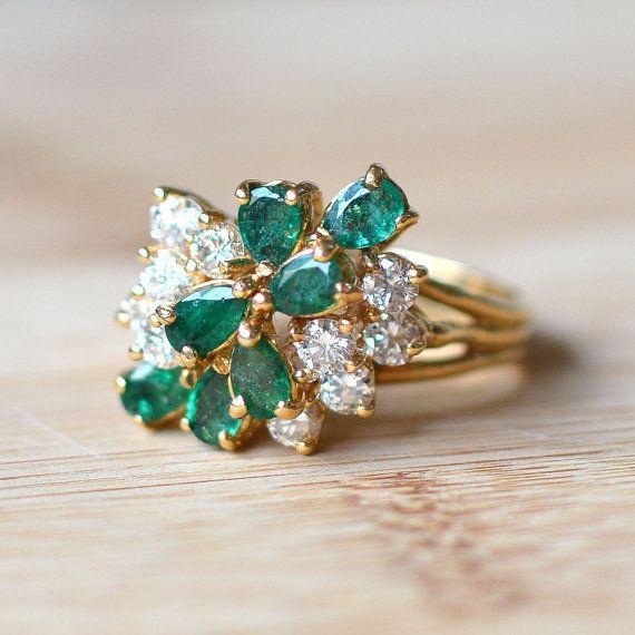 Vintage 14 Karat Yellow Gold 1 75 Ctw Emerald And Diamond Ring This Diamond Vintage Emerald Engagement Ring Vintage Engagement Rings Yellow Gold Wedding Ring