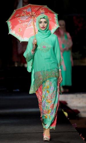 Kebaya Encim Untuk Wanita Berhijab Festival Muslim Hijab