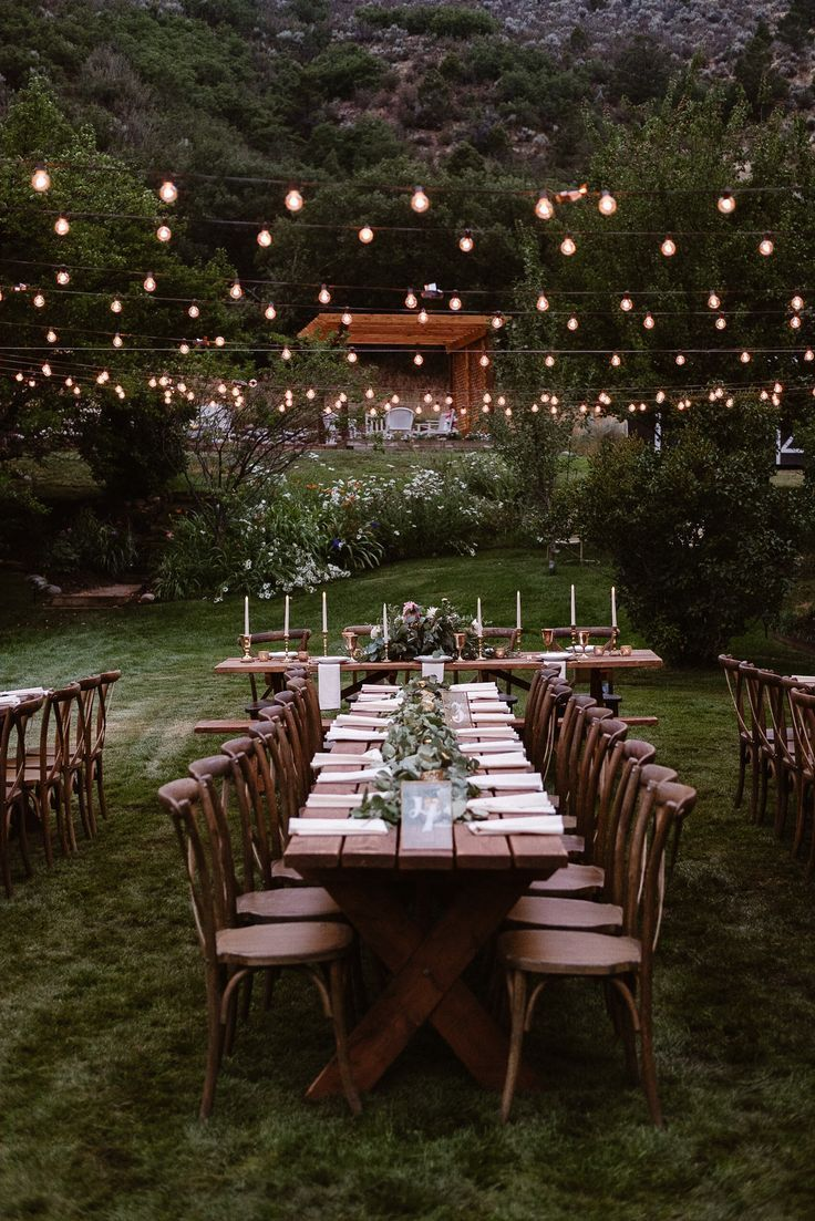 Aspen ranch wedding, Colorado mountain wedding photographer, private ranch wedding reception, wedding table settings, Events by Kira #weddingideas #love