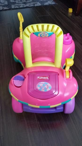 FREE - playskool sit and stand toy. As pictured. Works great. Needs a bit of a dusting. Pick up only.