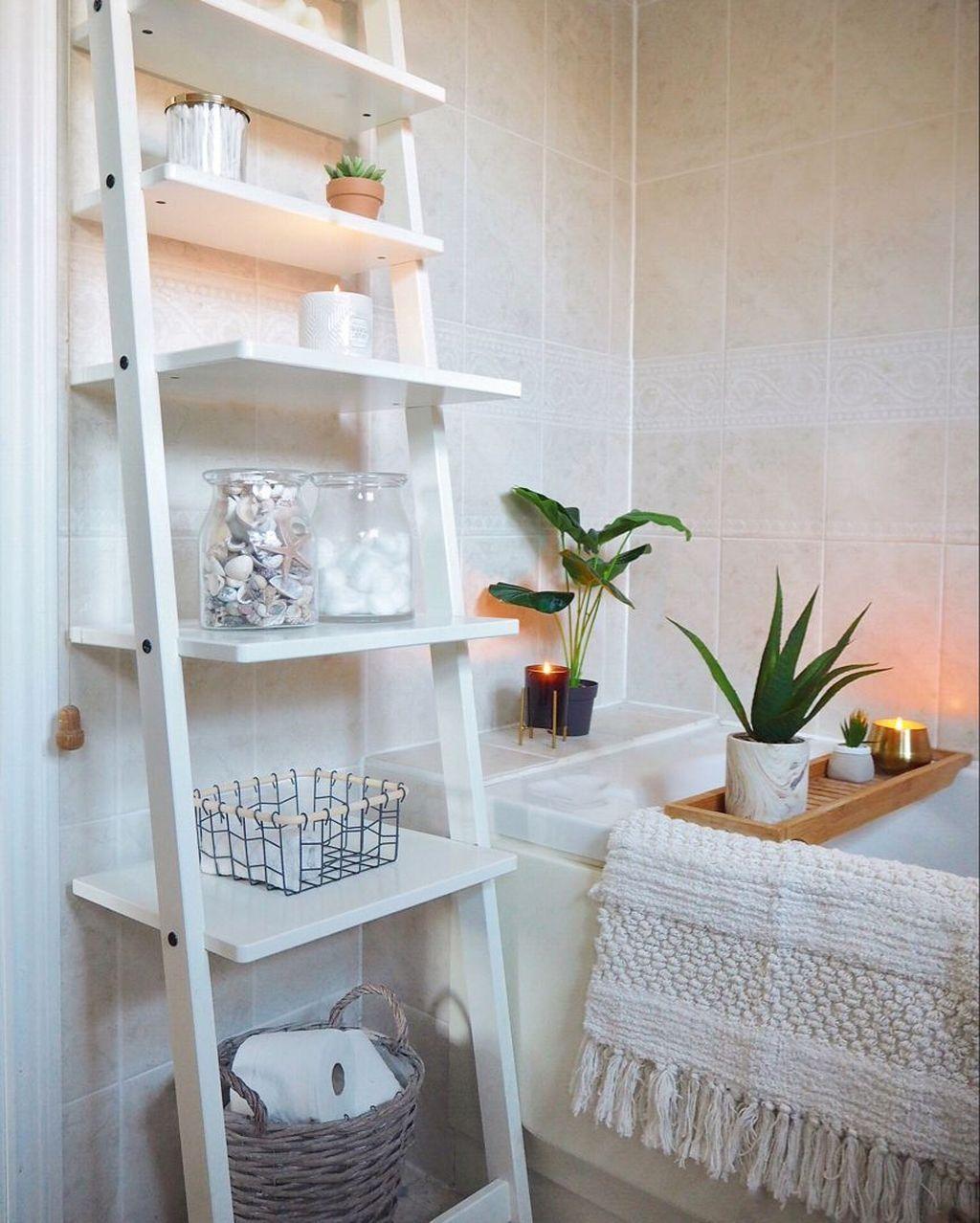34 Wonderful Minimalist Bathroom Decor Ideas But Looks Luxurious Simple Bathroom Decor Cosy Bathroom Easy Bathroom Makeover