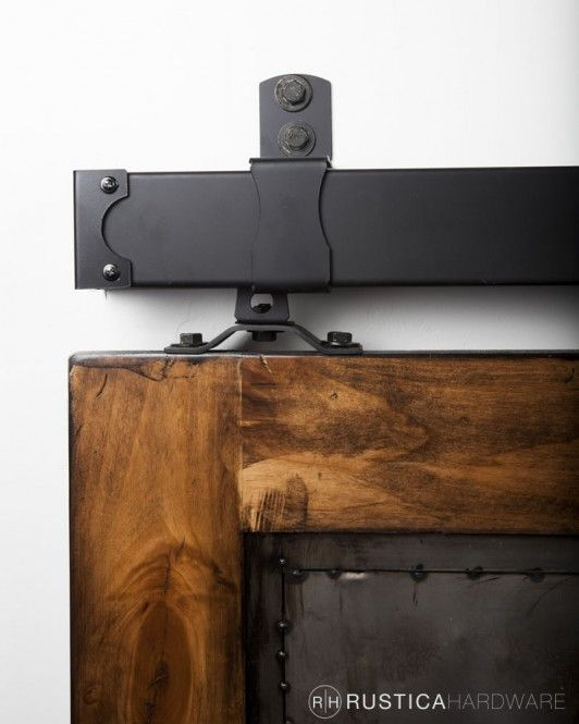 Box Track Hanging Style For Barn Doors With Images Barn Door Barn Door Hardware Indoor Barn Doors