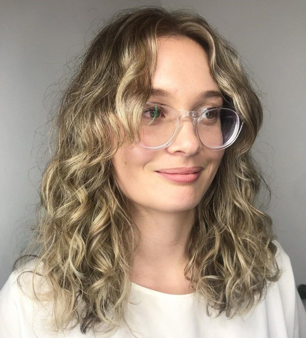 20 Hairstyles For Thin Curly Hair That Look Simply Amazing Haircuts For Wavy Hair Thin Curly Hair Wavy Haircuts