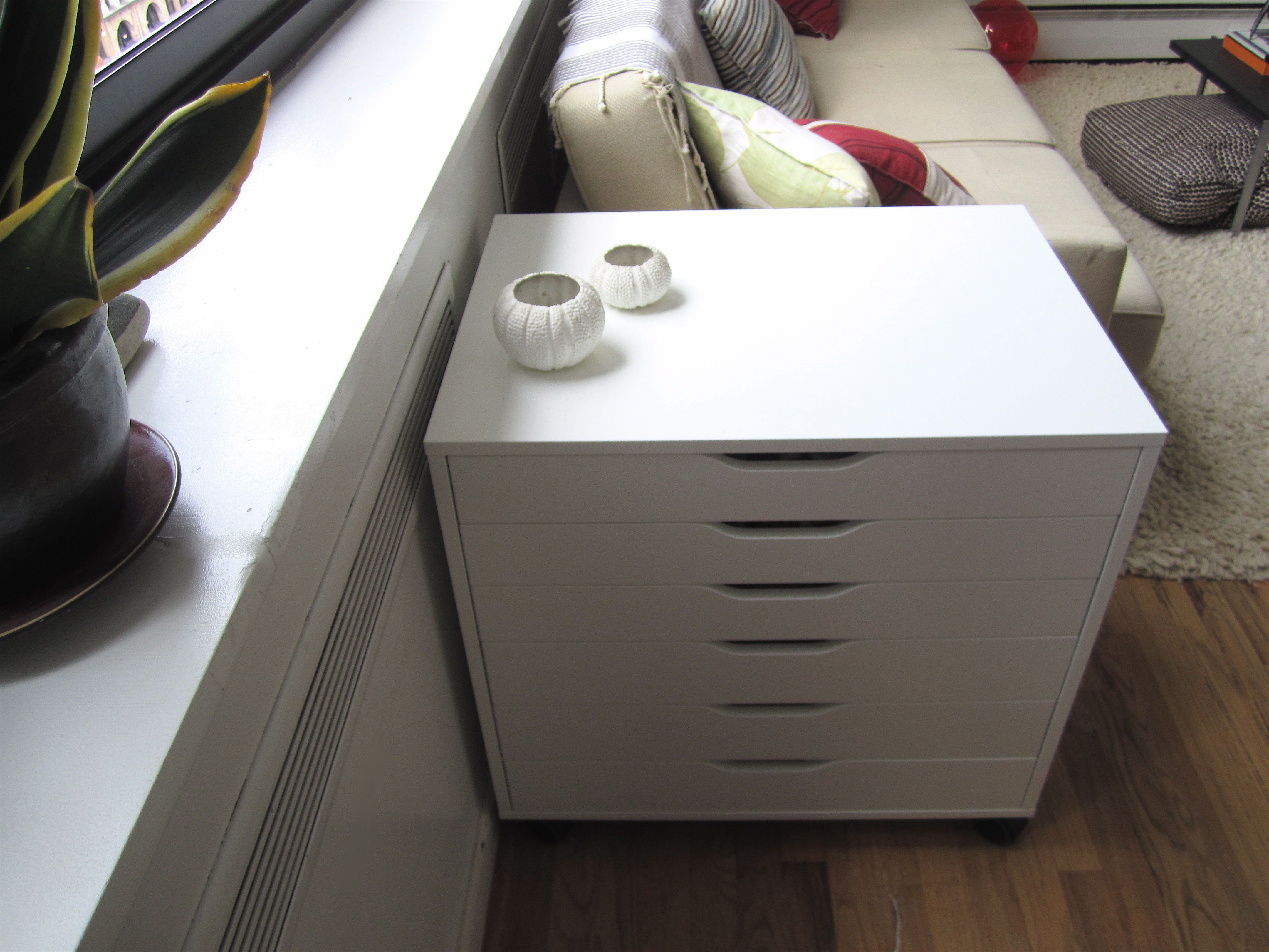 This 6-drawer unit on casters is available in a few