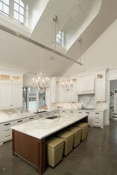 Incroyable Lots Of Two Story/high Ceiling Kitchen Ideas. I Love The Windows In This  One.
