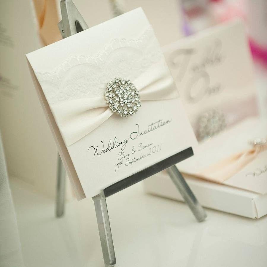 4dcf072af Invitaciones de boda elegantes y sofisticadas que reflejarán el estilo de  los novios y enamorarán a los invitados! Todo tendencias 2014! No te las  pierdas!