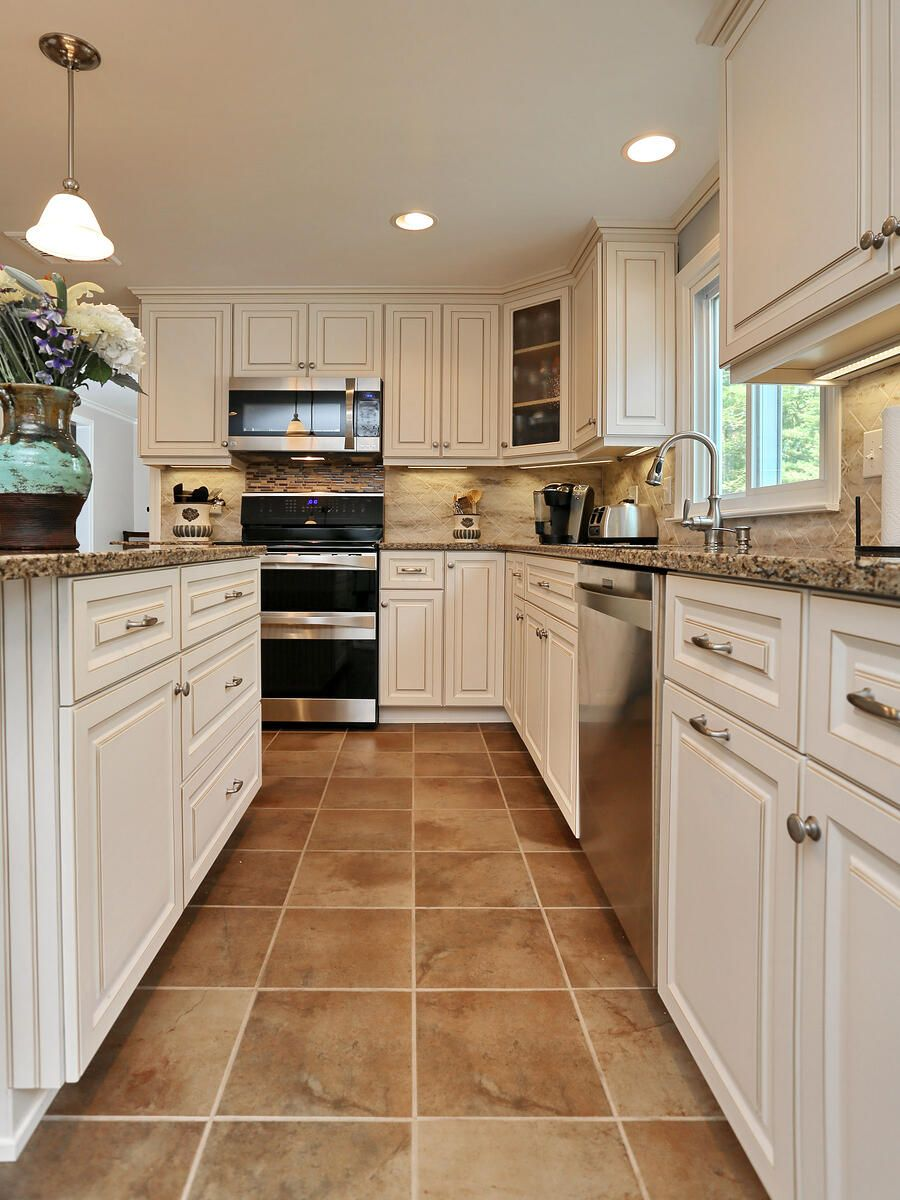 Have You Ever Seen A Canterbury Kitchen In 2020 Kitchen Floor Tile Kitchen Renovation Kitchen Flooring