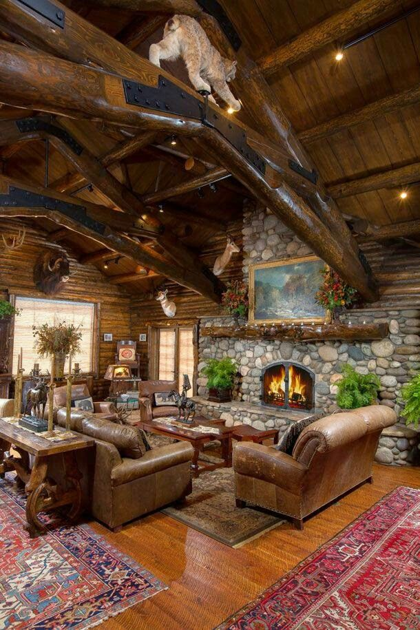 So Beautiful And Rustic House, Lodge Style Furniture