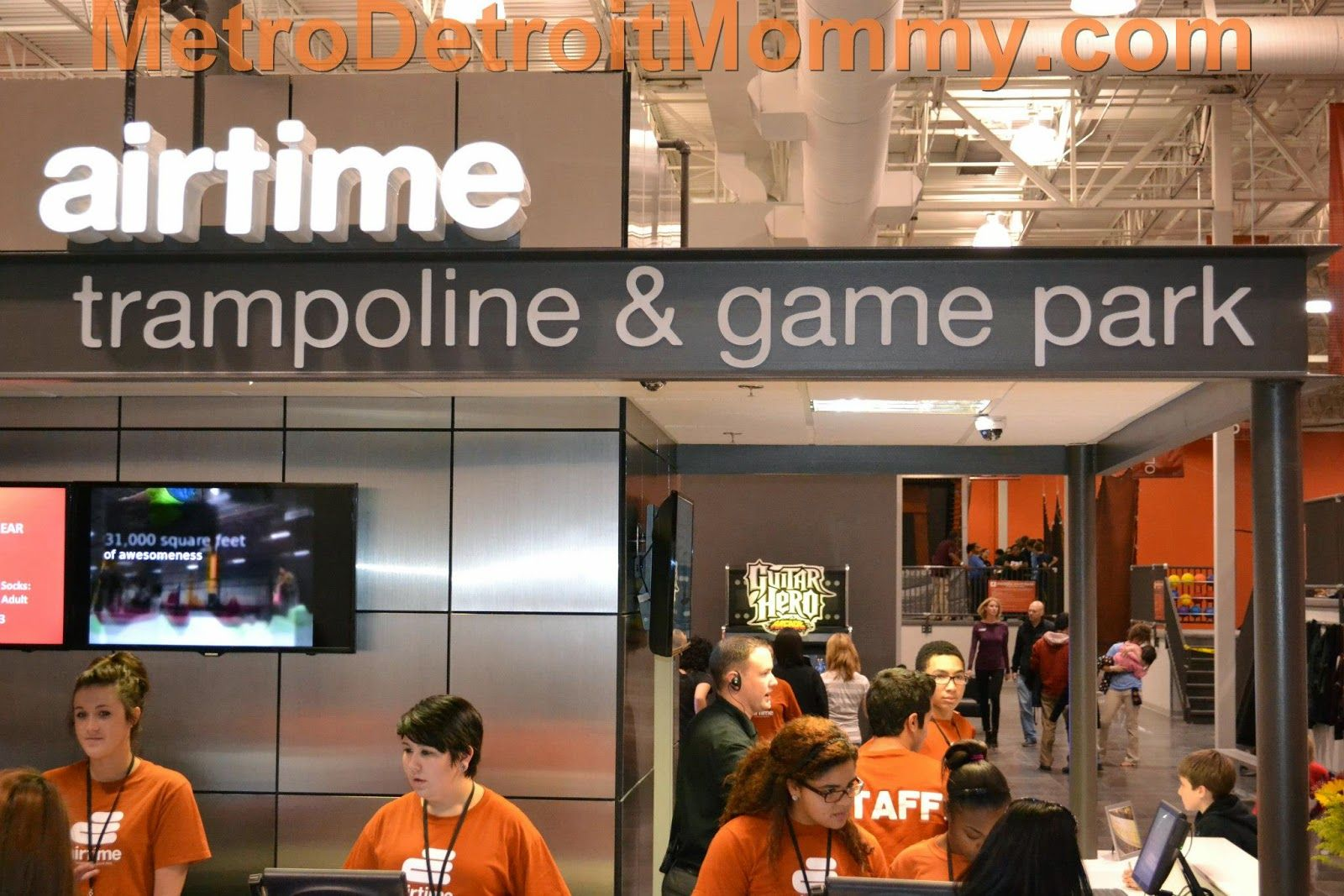 new airtime trampoline game park in canton westland metro detroit places to play. Black Bedroom Furniture Sets. Home Design Ideas