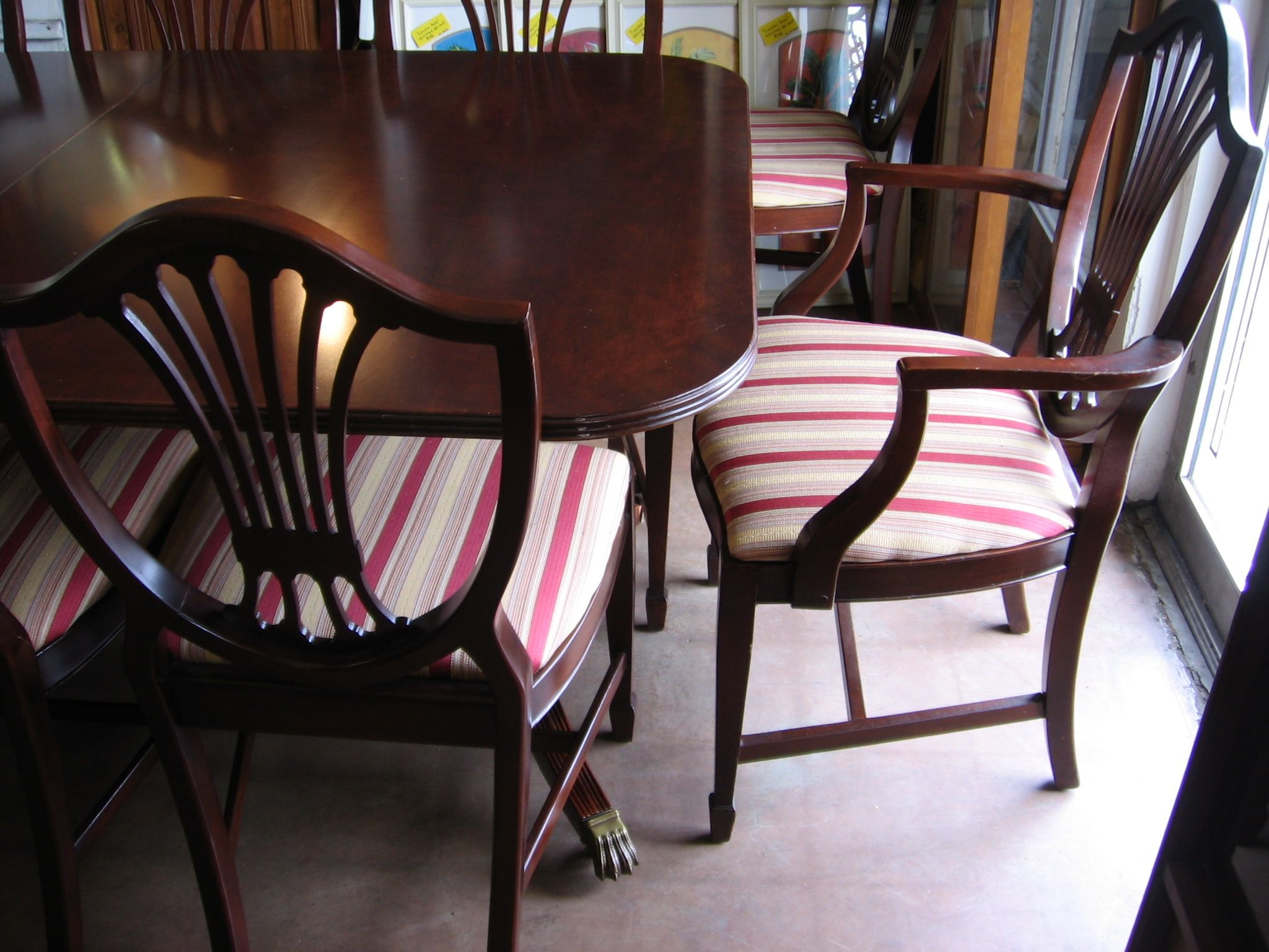 Thomasville Mahogany Duncan Phyfe Style Dining Table With 10 Chairs