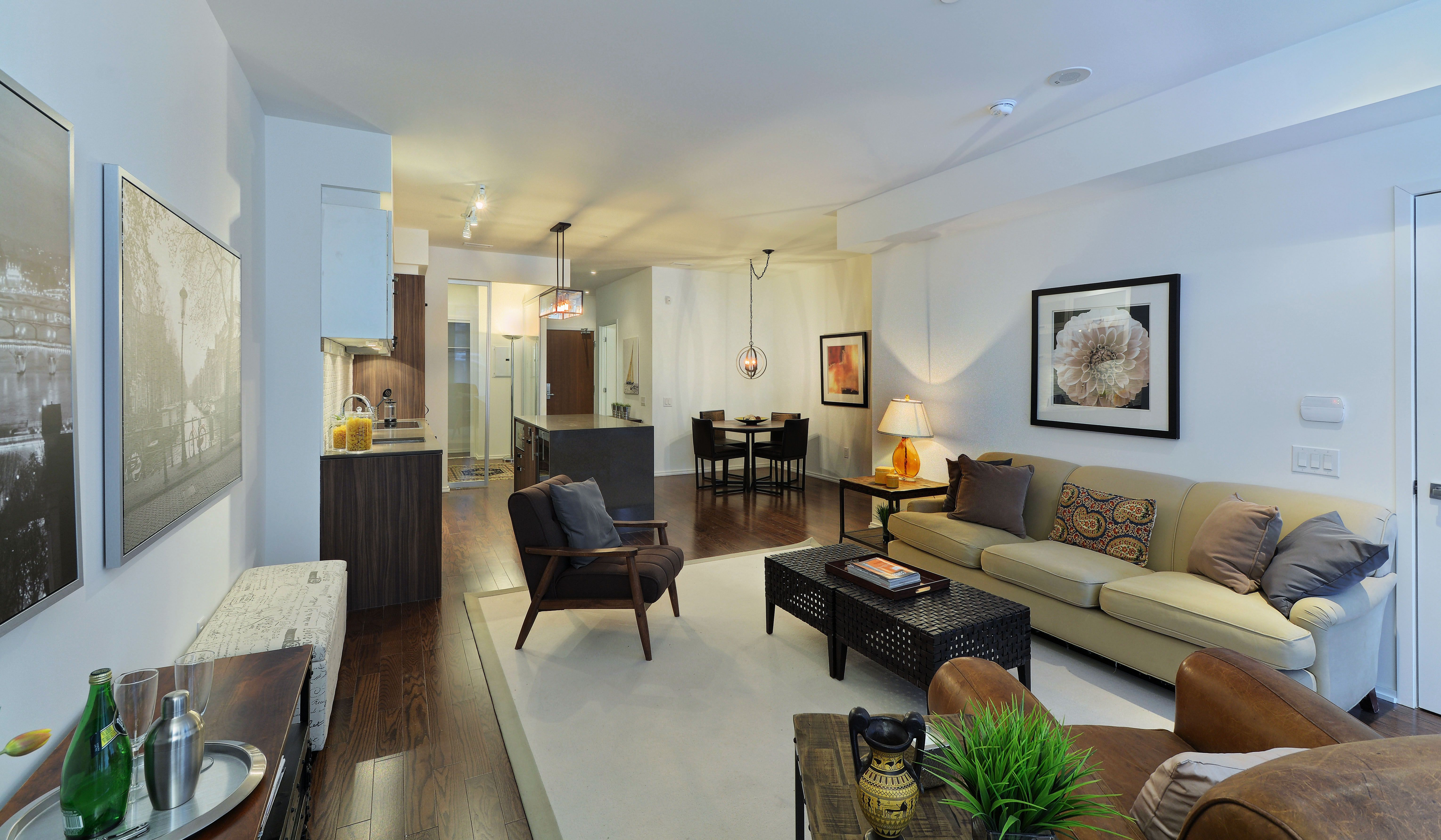 B.streets living room